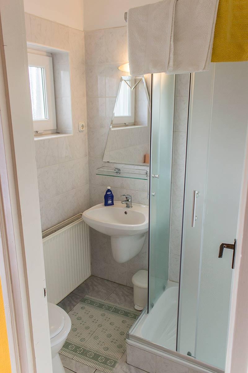 Szilvia apartmanok fürdőszoba
